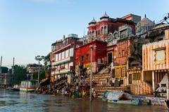 Pudja i Varanasi Royaltyfri Bild
