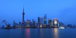 Pudong, de Nacht van de Dijk van Shanghai stock afbeeldingen