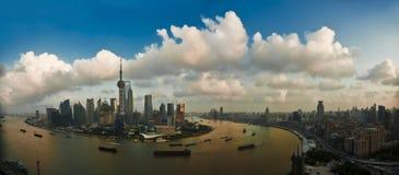 Pudong e la diga Fotografia Stock