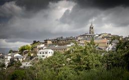 Puebla De Sanabria miasteczko na deszczowym dniu, Zamora Zdjęcie Royalty Free