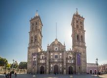 Puebla, México, Suramérica: [Ciudad de Puebla, de la calle y de la iglesia] foto de archivo libre de regalías