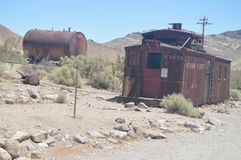 Pueblo abandonado riolita después de la fiebre del oro muy cerca a Death Valley Geología de los holydays del viaje Imagen de archivo