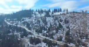 Pueblo cárpato en montañas 4k, 25fps almacen de video