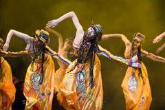 Pueblo chino de la danza popular Foto de archivo libre de regalías