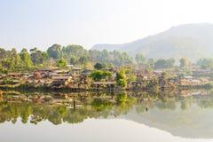 Pueblo chino - prohibición Rak tailandés Imagen de archivo libre de regalías