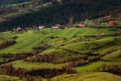 Pueblo de Borovitsa, Rhodopes del este, Bulgaria Fotos de archivo libres de regalías