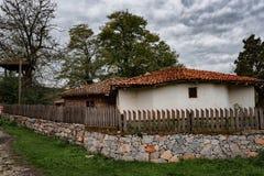 Pueblo de Brashlyan, cerca de Malko Tarnovo, Bulgaria Fotos de archivo