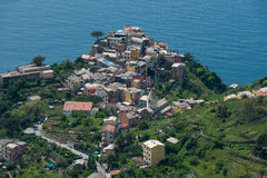 Pueblo de Corniglia en Cinque Terre, Italia Fotografía de archivo libre de regalías