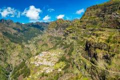 Pueblo de Curral das Freiras en las monjas valle, Madeira, Portugal imagen de archivo