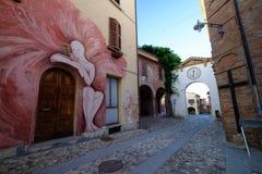 Pueblo de Dozza, Emilia-Romagna imagen de archivo