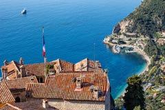 Pueblo de Eze y el mar en Francia Imagen de archivo
