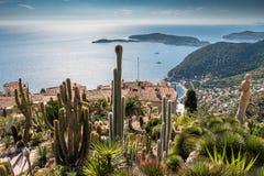 Pueblo de Francia Provenece Eze y jardín botánico mediterráneos foto de archivo libre de regalías