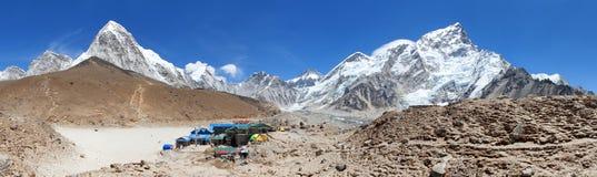 Pueblo de Gorak Shep sherpas, soporte Kala Patthar fotos de archivo