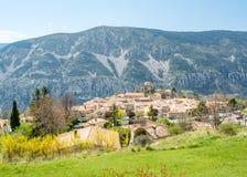 Pueblo de Gréolières en Francia Foto de archivo