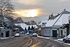 Pueblo de Grinzing en luz de la madrugada en invierno Fotografía de archivo libre de regalías
