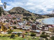 Pueblo de Juli en el lago Titicaca Foto de archivo