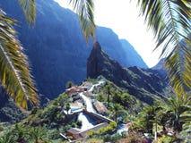 Pueblo de la cima de la montaña Fotos de archivo