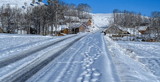 Pueblo de la nieve Imágenes de archivo libres de regalías