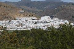 Pueblo de ladera en Andalucía Imágenes de archivo libres de regalías