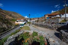 Pueblo de montaña en los Andes Mérida Imágenes de archivo libres de regalías
