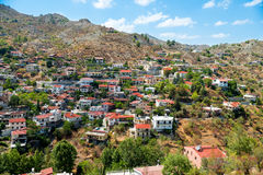 Pueblo de montaña mediterráneo Fotografía de archivo