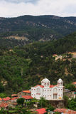 Pueblo de montaña Pedoulas, Chipre Fotos de archivo