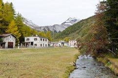 Pueblo de montañas Imagen de archivo