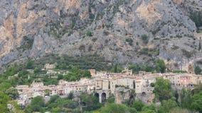 Pueblo de Moustiers-Sainte-Marie, Francia, Europa imagen de archivo