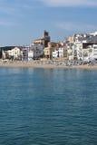 Pueblo de Sant Pol de Mar en la provincia de Barcelona, Cataluña, balneario fotografía de archivo