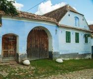 Pueblo de Viscri e iglesia fortificada de Viscri, Transilvania, ROM foto de archivo libre de regalías