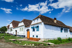 Pueblo de Viscri en Transilvania, Rumania fotografía de archivo