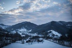 Pueblo del invierno imagen de archivo