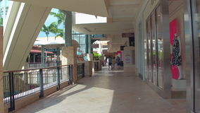 Pueblo en Merrick Park Miami FL almacen de metraje de vídeo