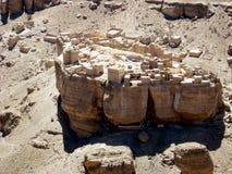 Pueblo en roca fotografía de archivo