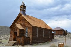 Pueblo fantasma de la fiebre del oro - Bodie California Fotos de archivo