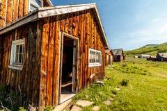 Pueblo fantasma de los viejos hogares del registro Fotos de archivo libres de regalías