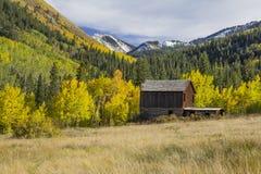 Pueblo fantasma en el otoño Foto de archivo