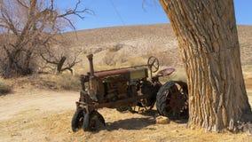 Pueblo fantasma hist?rico de Benton en Sierra Nevada Benton, los E.E.U.U. - 29 de marzo de 2019 metrajes