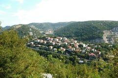 Pueblo hermoso en Croacia cerca de Rijeka Fotografía de archivo libre de regalías