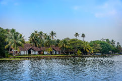 Pueblo indio tropical en Kerala, la India Foto de archivo libre de regalías