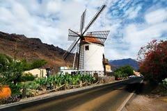 Pueblo Mogan Gran Canaria del mulino a vento Immagine Stock Libera da Diritti