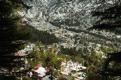 Pueblo nevado Himalayan Fotos de archivo libres de regalías