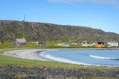 Pueblo pesquero abandonado Hamningberg en Finnmark, Noruega septentrional Fotos de archivo libres de regalías