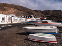 Pueblo pesquero de las islas de Canarys imagenes de archivo