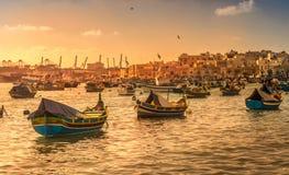 Pueblo pesquero de Marsaxlokk Foto de archivo libre de regalías