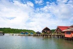 Pueblo pesquero de Tailandia Koh Chang Bang Bao Foto de archivo libre de regalías