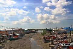 Pueblo Pulau Ketam (isla) del cangrejo, Malasia Fotografía de archivo