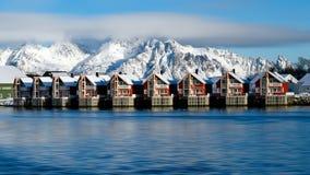 Pueblo Svolvaer de Noruega en el archipiélago de Lofoten de invierno imagen de archivo libre de regalías