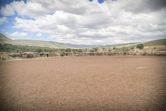 Pueblo tradicional del Masai Fotografía de archivo