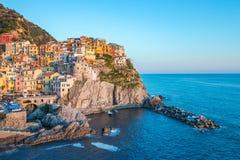 Pueblo uno de Manarola de Cinque Terre en el La Spezia, Italia Foto de archivo
